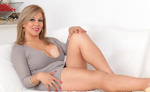 Blonde Tranny Porn