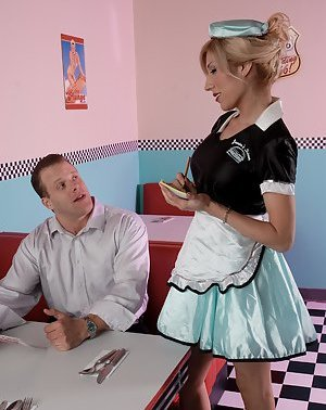 Tranny in Uniform Porn
